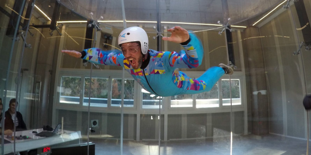 indoor fliegen, windtunnel, indoor skydiving,